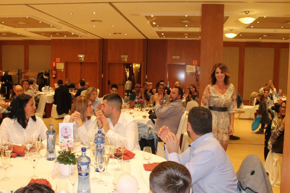 """CENA BENÉFICA  DIA 4 DE NOVIEMBRE A LAS 20´00 HORAS HOTEL ABBA GARDEN DE ESPLUGUES DE LLOBREGAT (BARCELONA) PRECIO MENU 22 EUROS. ESTE AÑO CADA ASISTENTE RECIBIRÁ UN REGALO INOLVIDABLE INDIVIDUAL  ¿TE LO VAS A PERDER?  YA PUEDES HACER TU RESERVA """"SI QUIERES SABER MAS, PINCHA EN  VER MAS"""""""